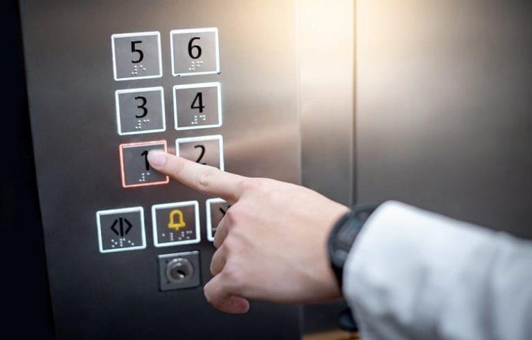 accidente de ascensor